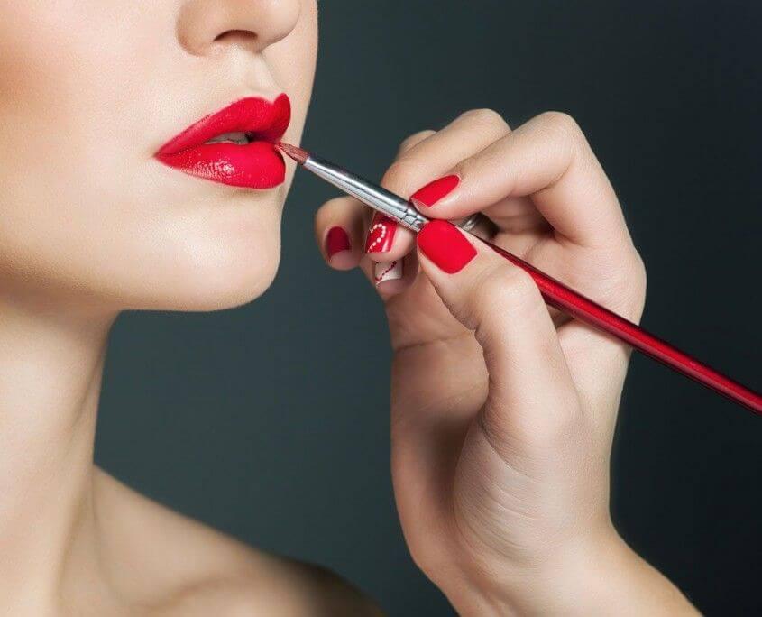 Make Up Artist Und Visagistin Ausbildung Make Up Academy: Make-up Artist Digital Ausbildung In München